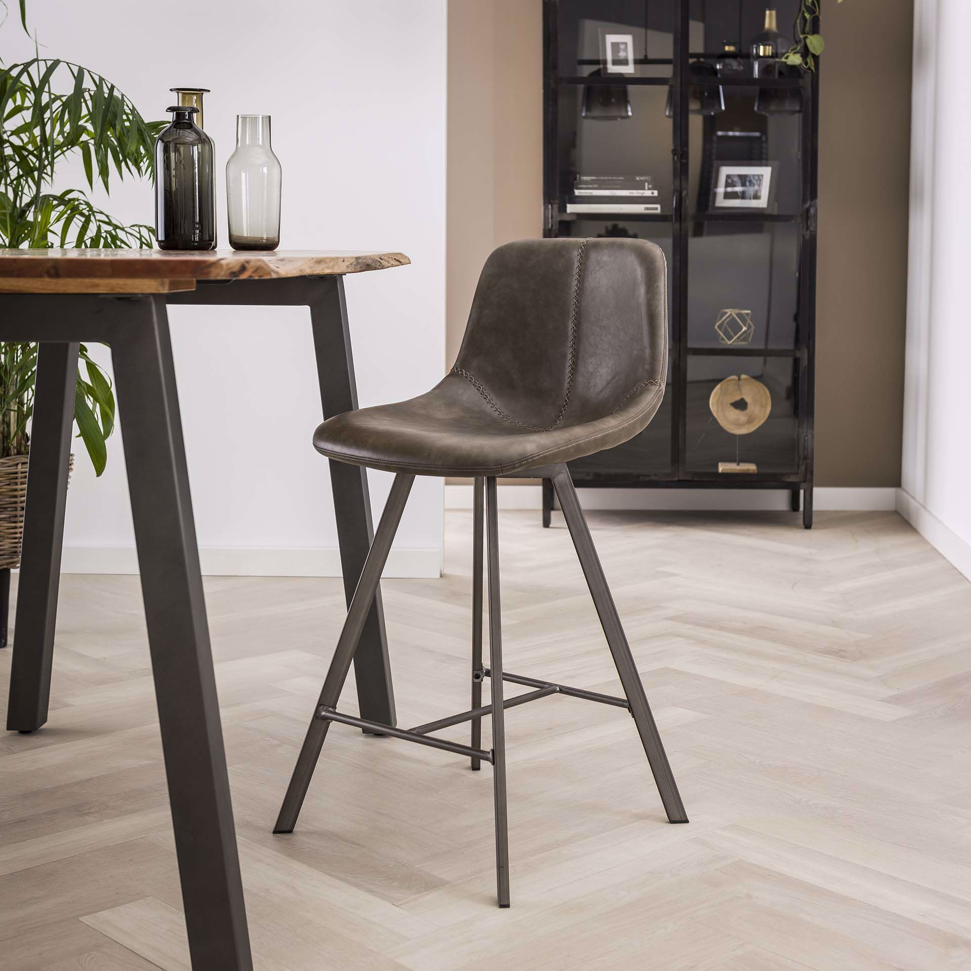 Taupe [+€119,00]